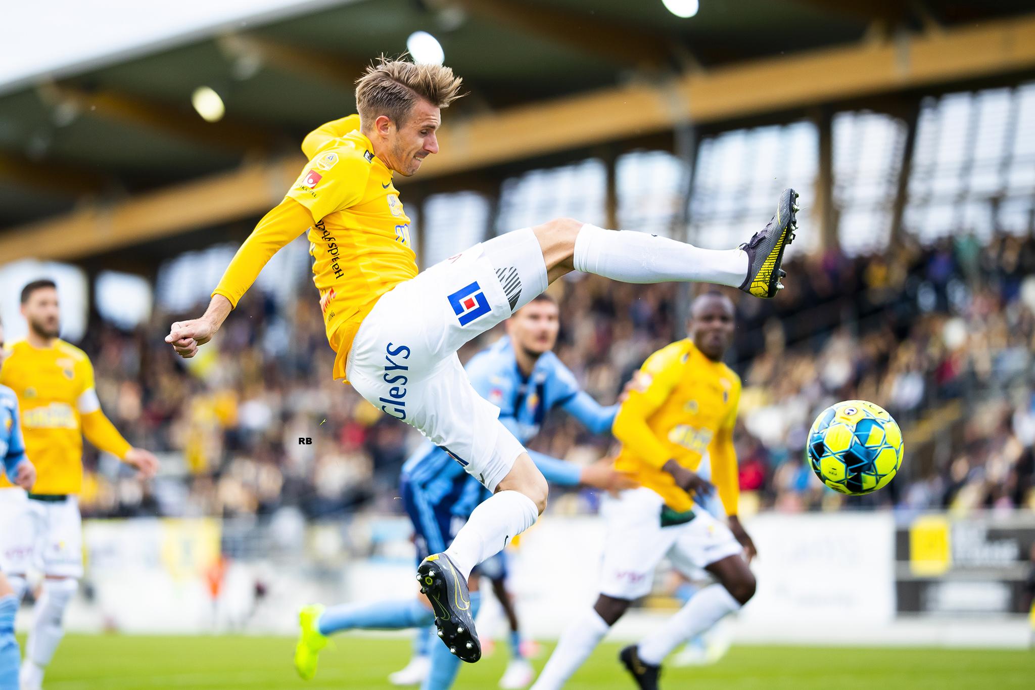 Tobias Karlsson har kritat på