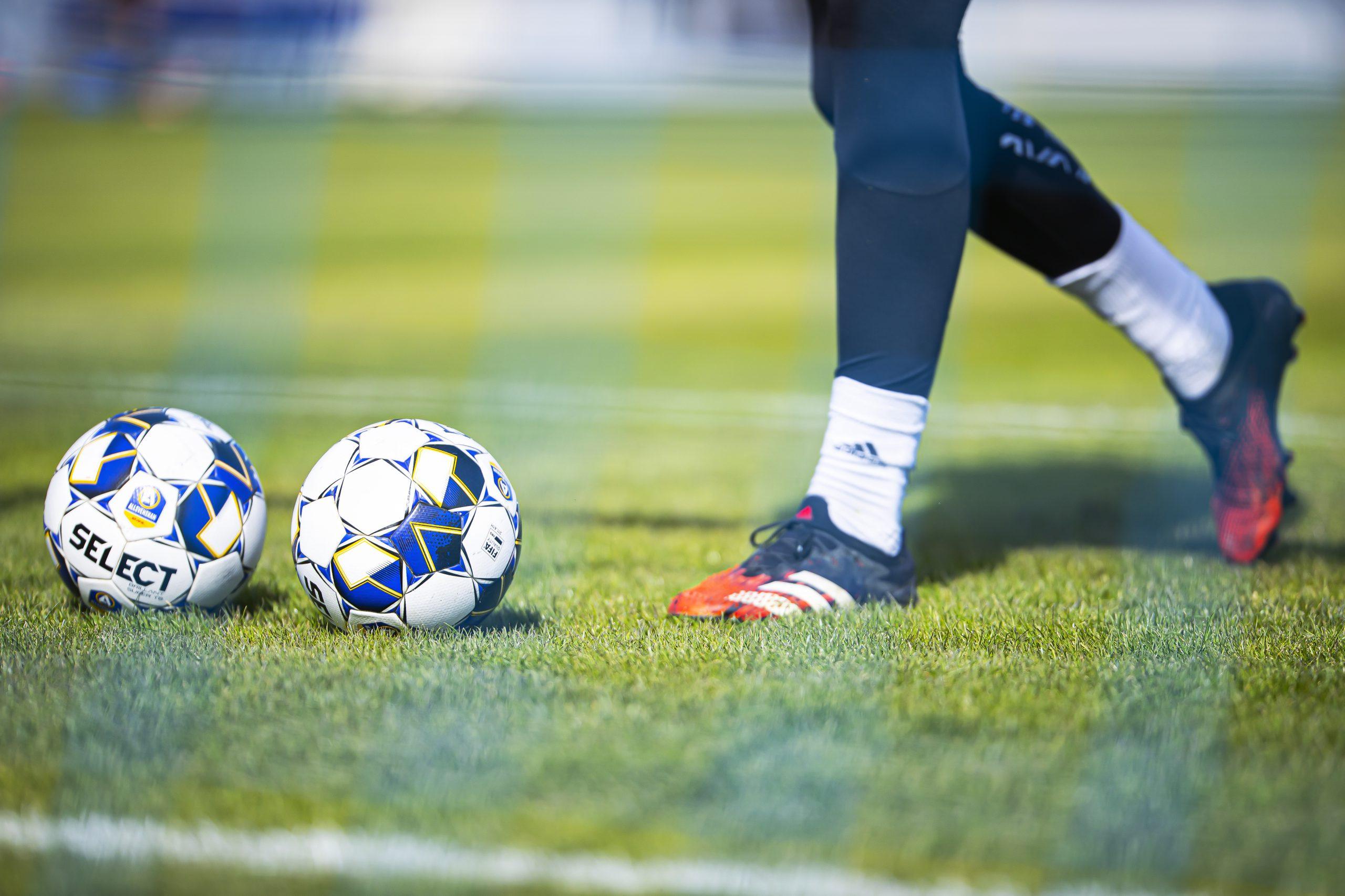 Nu börjar fotbollslekis för flickor och pojkar födda 2015