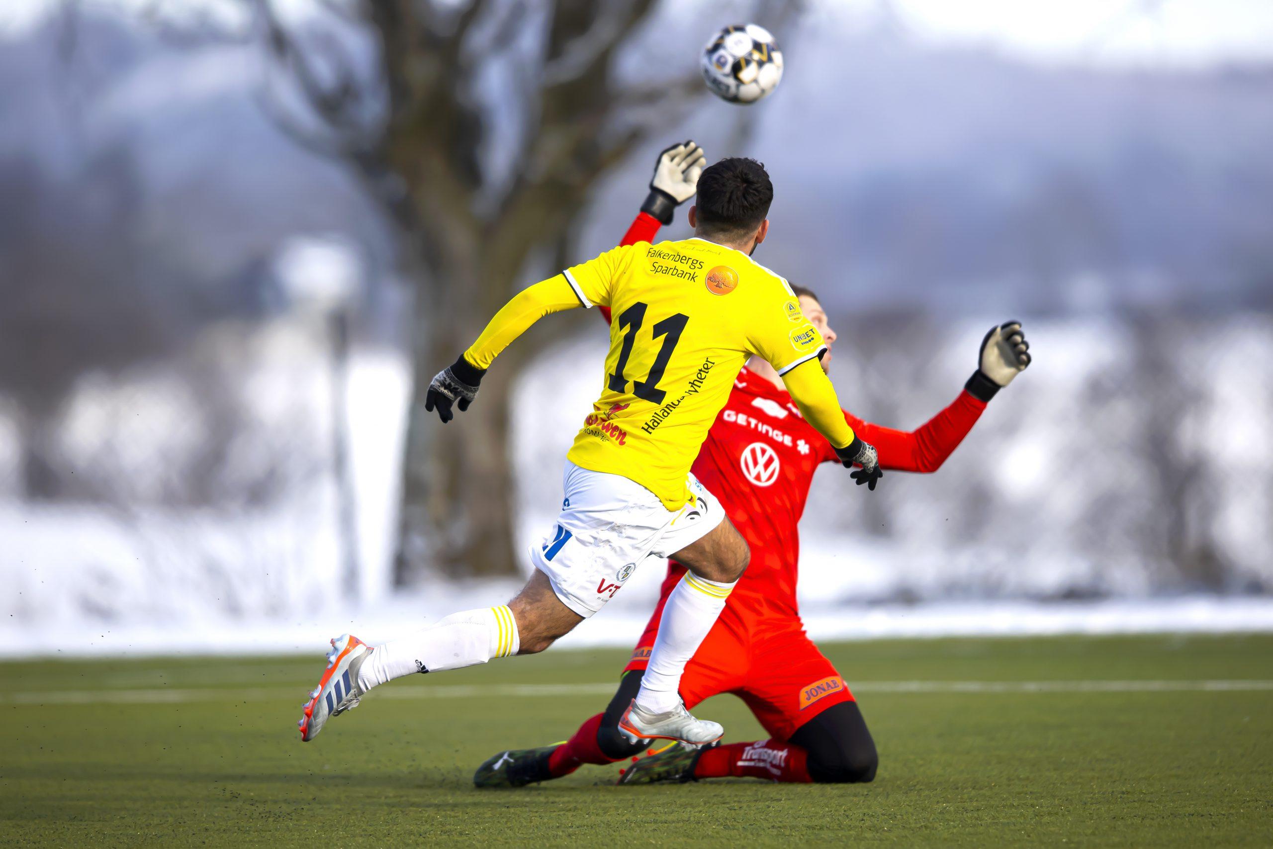 Två anfallare målade när FFF förlorade första matchen